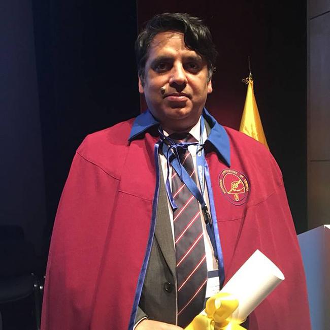 Sociedade Portuguesa de Cirurgia distingue o Professor Amjad Parvaiz